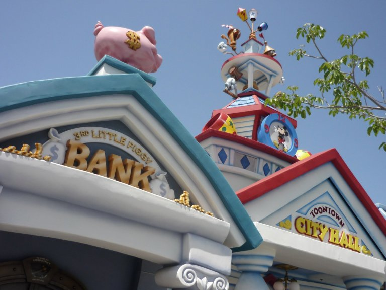 Toon Town Bank
